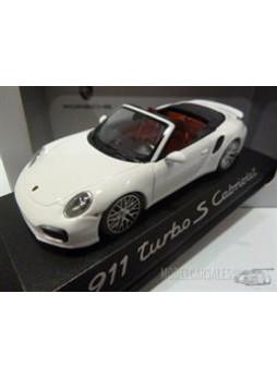 """Модель автомобиля """"Porsche 911 (991) Turbo S Cabriolet 1:43"""", белый"""